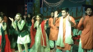 Indian Wedding Dance Performance by Bride & Groom On Sunny Leone's Hot Song