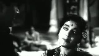 Nazar Lagi Raja Tore Bangle Par - Kala Pani