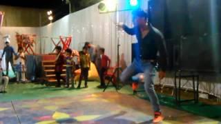 Ajay Devgan dance in a shadi party.
