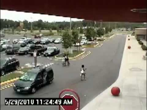 Girl Kidnapped on Live Security Camera