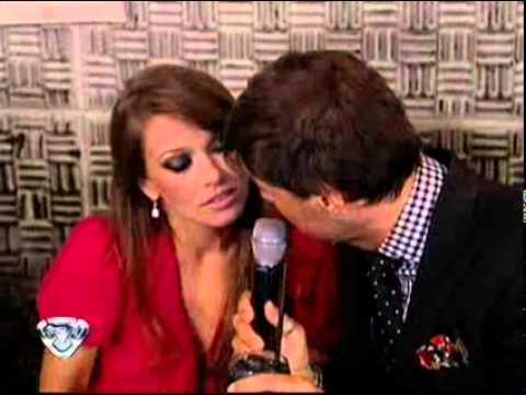 Showmatch 2010 Marcelo besó a Coki