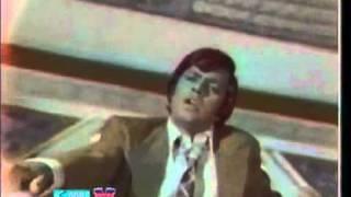 YouTube - MEHDI HASAN - JO DARD MILA APNON SE MILA - SHABANA.flv