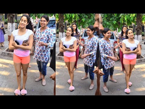 Xxx Mp4 Sridevi S Daughter Jhanvi Kapoor Hot Stunning Pictures In A Movie Shooting 3gp Sex