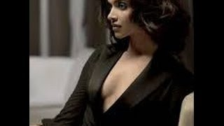 Deepika Padukone And Katrina Kaif Sexiest War Video