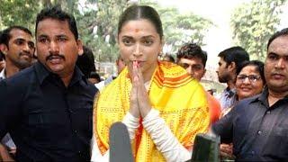 Deepika Padukone Prays For Padmavati Realease By Karni Sena At Siddhivinayak Temple Mumbai