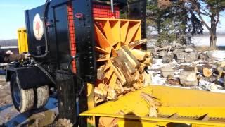Huge Wood Splitter - 200 Ton