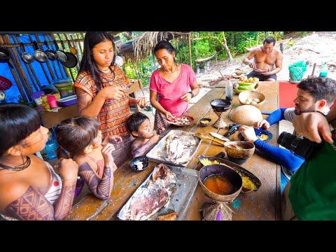 Village Food in AMAZON RAINFOREST Lemongrass Ants EXOTIC Energy Drinks Manaus Brazil