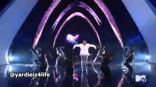 Chris Brown MTV VMA 2011 Performance