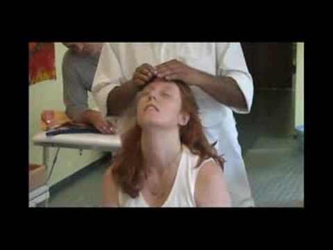 Ayurveda Massaggio Ayurvedico alla testa