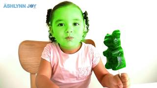 Finger Family Colors With Giant Gummy Bear   Songs For Kids   Learn Colors With Finger Family
