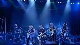 Iron Maiden - Hallowed Be Thy Name (Live Rock In Rio 2001) [HD]