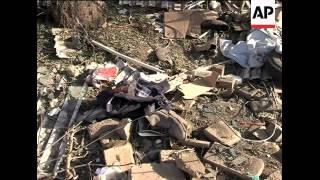 Blasts near US Consulate in Pakistan kill 3; police reax