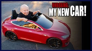 I got a Tesla for Christmas! (Unboxing)