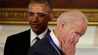 الرئيس أوباما يفاجئ جو بايدن بمنحه وسام الحرية
