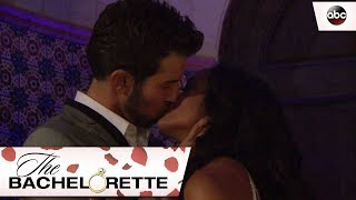 Bryan Kisses Rachel - The Bachelorette 13x1