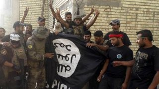 US sends Marines to fight ISIS in Syria