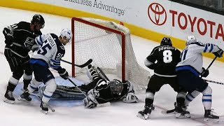 Jonathan Quick makes flurry of saves to deny Kyle Connor