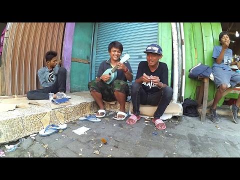 Pengamen Kreatif Jakarta - rame rame pakai kencrung