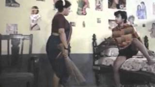 Mallu Anty Masala B grade Movie Scene - Mallu Servent Seducing Boy