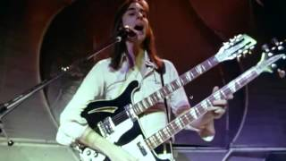 Genesis:    I Know What I Like Live (1973) Shepperton, UK. - Who's on da drums?