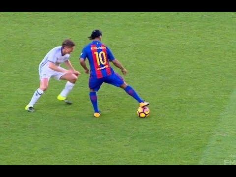 Ronaldinho 2017 ● Skill Show ● Football & Futsal