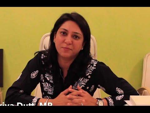Priya Dutt Gets Emotional When Reporter Ask About Sanjay Dutt