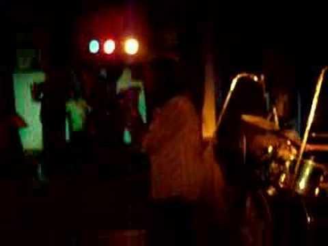 Phoenix - Obhimani (Live)