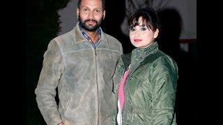 संचितासँग फोटो खिच्न निखिललाई केको डर ?/Sanchita Luitel & Nikhil Upreti