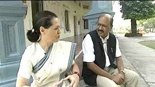 Walk The Talk: Sonia Gandhi (Aired: February 2004)