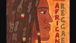 Ismael Isaac - Magno Mako (Putumayo Presents African Reggae) Cote d'Ivoire Ivory Coast