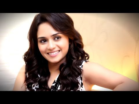 Xxx Mp4 Amrita Khanvilkar HOT BOLD Dance Video Goes VIRAL 3gp Sex