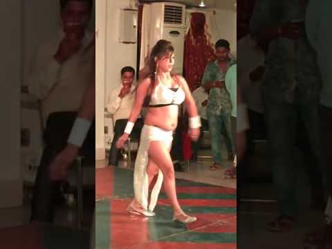 Xxx Mp4 Hot Sexy Bhojpuri Dance Barf Ke Pani Ragdat Bani 3gp Sex
