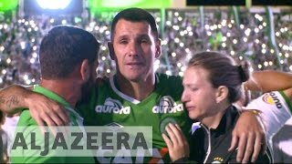 Brazil: Fans pay tribute to Chapecoense footballers