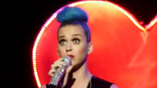[HD] Katy Perry - Niggas in Paris @ Concert Privé NRJ (20/03/2012)