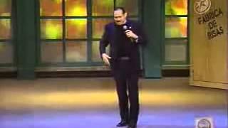 TEO GONZÁLEZ Un Chavo Fresa en la iglesia