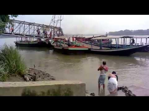 BANGLADESHI FAMOUS GANGA RIVER
