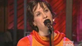 Ironic - Alanis Morissette Sessions @ AOL 2004