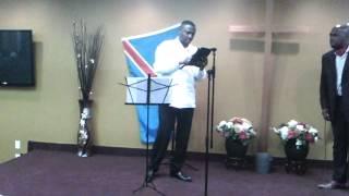 Kache Kashala tape sur la table: Dieu ne fera pas le travail des congolais