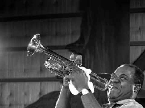 Louis Armstrong - Skokiaan (South African Song)
