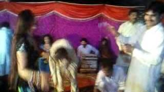 Ammad Ki Mehndi Gay Dance
