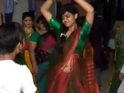 Xxx Mp4 মাথা নষ্ট মামা এটা আমি কি দেখলাম Bangla Girl Hot Wedding Dance 2017 3gp Sex