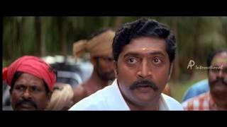 Kadhal Sadugudu - Vikram hits dog with car