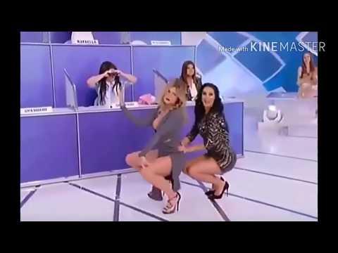 Xxx Mp4 Livia Andrade E Helen Ganzarolli Dançam Funk No Pgm Silvio Santos 3gp Sex