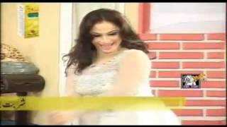 Nida Chaudhry Hot Mujra - Pyar Di Ganderi Choop Le - HD - 2011
