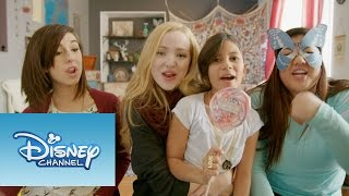 ¨What a Girl is¨ | video musical | Dove Cameron