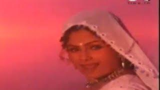 Ladki Hai Bholi - Ghoonghat - Aayesha Jhulka & Inder Kumar - Full Song