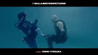 A Flying Jatt Vs Raka | Underwater Fight