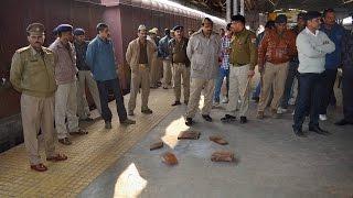 Kanpur Railway Station: 3 superfast trains looted in 30 mins ।  वनइंडिया हिंदी