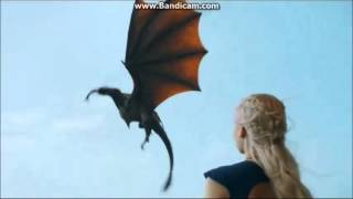 Game of Thrones The Dragon eating a Fish