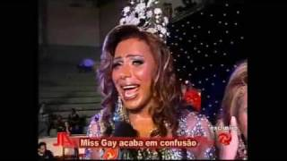 Miss Brazil gets her wig snatched